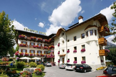 Hotels cortina d 39 ampezzo tourismus portal dolomites for Meuble al larin